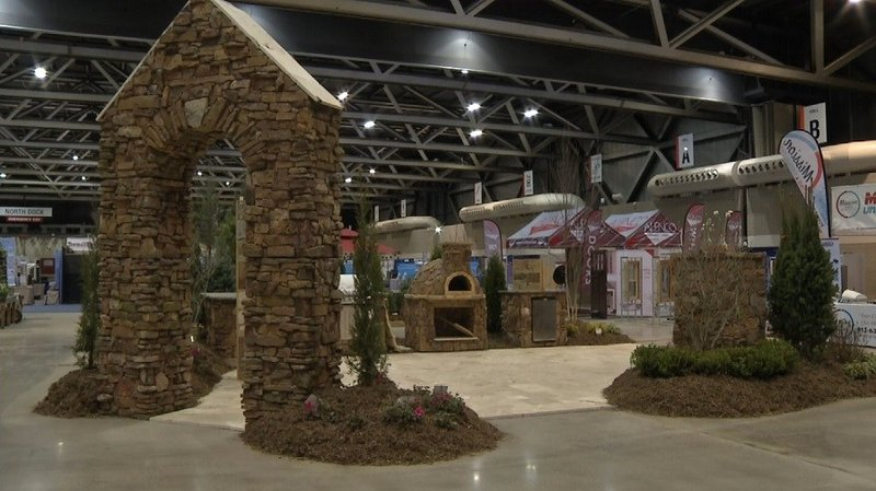 Kansas city home show gives chance to shop remodeling companies kctv5 news for Home and garden show kansas city