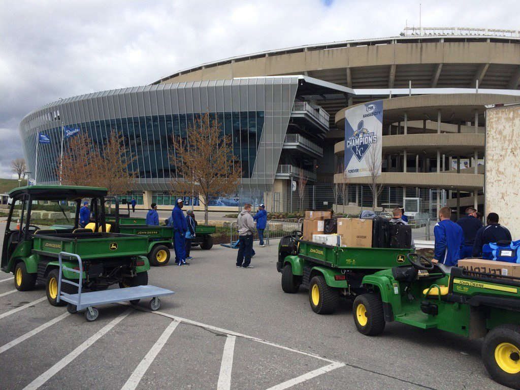 royals staff and fans prepare for opening day   kctv5