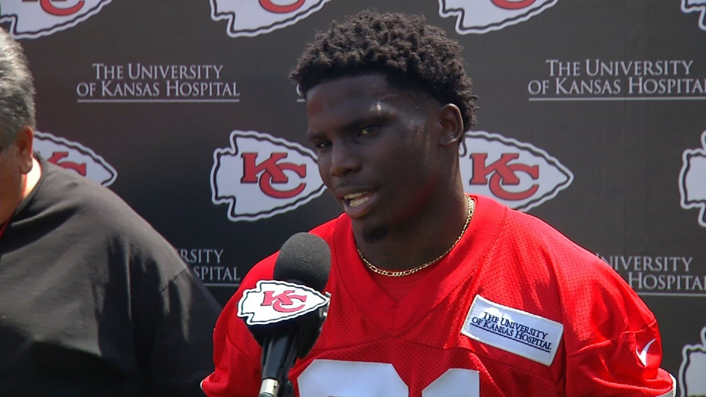 Chiefs draft pick Tyreek Hill responds to domestic violence cont
