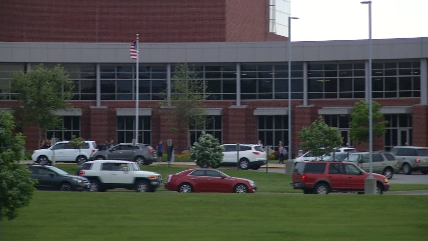 On Friday, students at the school are planning to give veterans a hero's welcome. (Source: KCTV)