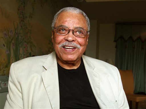 (AP Photo/Rick Rycroft, File). FILE - In this Jan. 7, 2013, file photo, actor James Earl Jones poses for photos in Sydney, Australia. Jones will serve as a presenter for this year's Tony Awards, help Sunday, June 12, 2016, at the Beacon Theatre in New  Re