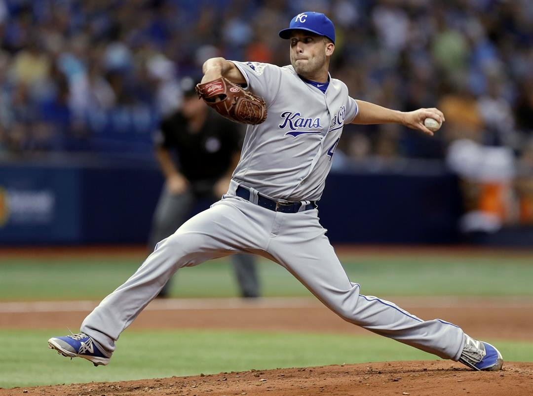 Kansas City Royals pitcher Danny Duffy delivers in the fifth inning to the Tampa Bay Rays during a baseball game, Monday, Aug. 1, 2016, in St. Petersburg, Fla. (AP Photo/Chris O'Meara)