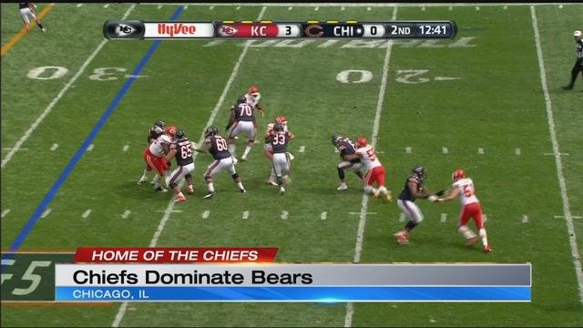 Smith, Chiefs look sharp in 23-7 victory over Bears