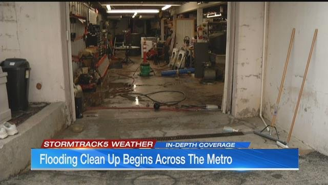 Cleanup begins for flood victims in the metro