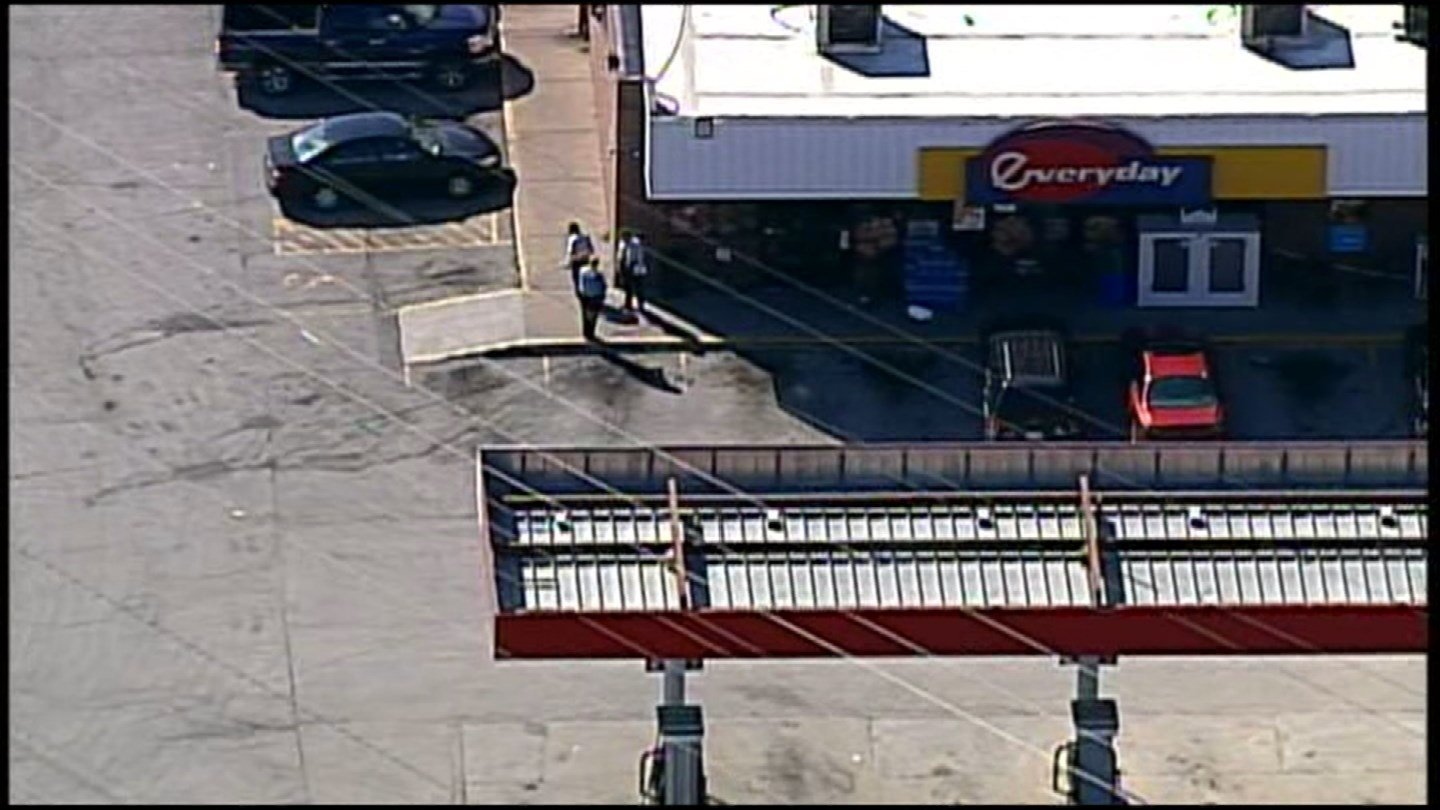 One person was shot outside of a convenience store in KCK. (Chopper5)