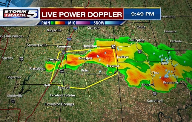 Severe thunderstorms are impacting areas just north and northeast of the Kansas City metro area. (KCTV5)