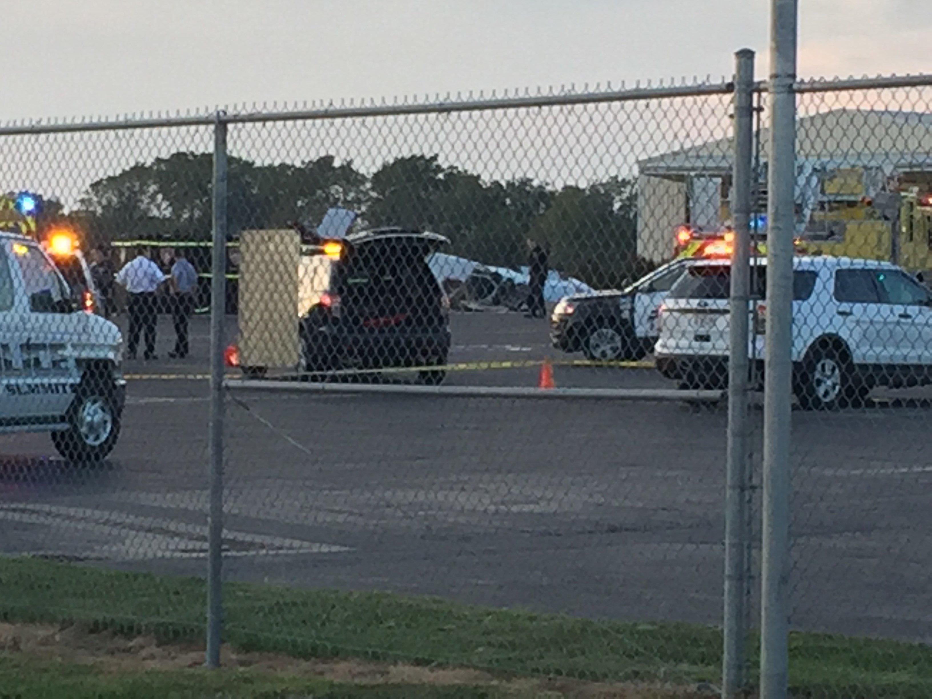 Lee's Summit police say the crash happened around 6:10 p.m. (Edwin Watson/KCTV5)