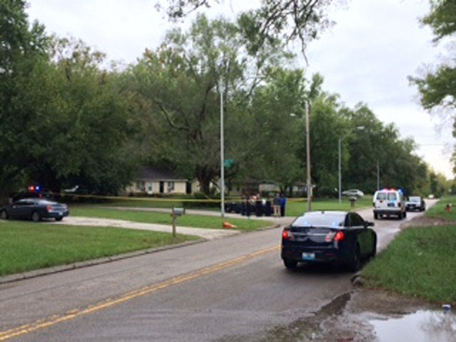 The scene at 56th and Hardesty where a homicide happened on Saturday. (Eric Smith/KCTV5)