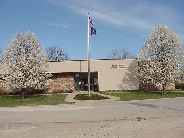 The Tonganoxie Public Library is hoping to expand after the librarian says it's in dire need of repair. (Tonganoxie Public Library)