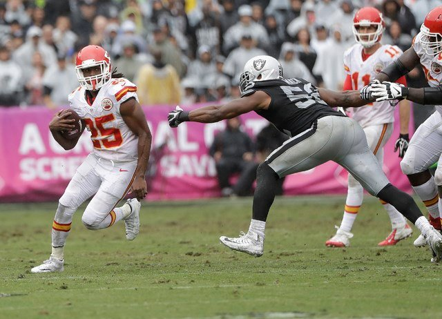 Smith was able to test the Raider secondary because of the great run game that Jamaal Charles, Spencer Ware and Charcandrick West provided. (AP)