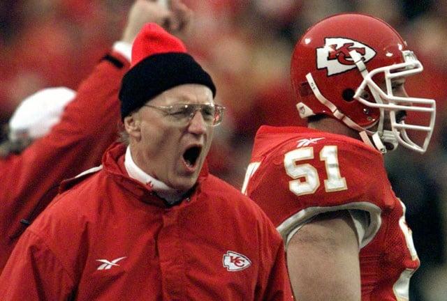 Former Kansas City Chiefs head coach MartySchottenheimer has been diagnosed with Alzheimer's, ESPN reports. (AP)
