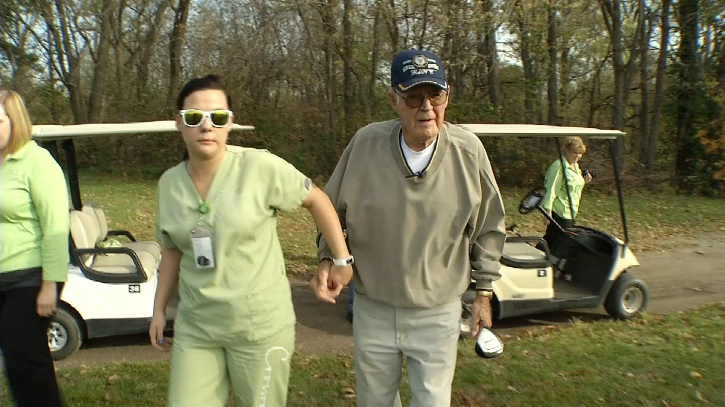 Fritz Clark, 92, has been playing golf since he was 11, but brain cancer has slowed him down a bit. (KCTV5)