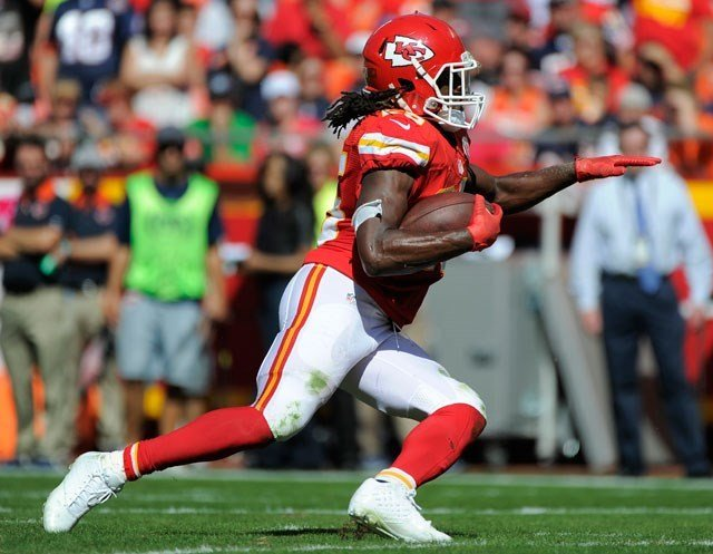 Chiefs running back Jamaal Charles was placed on injured reserve Tuesday after developing some swelling in his surgically repaired right knee, leaving Kansas City perilously short of depth at the position. (KCTV5)