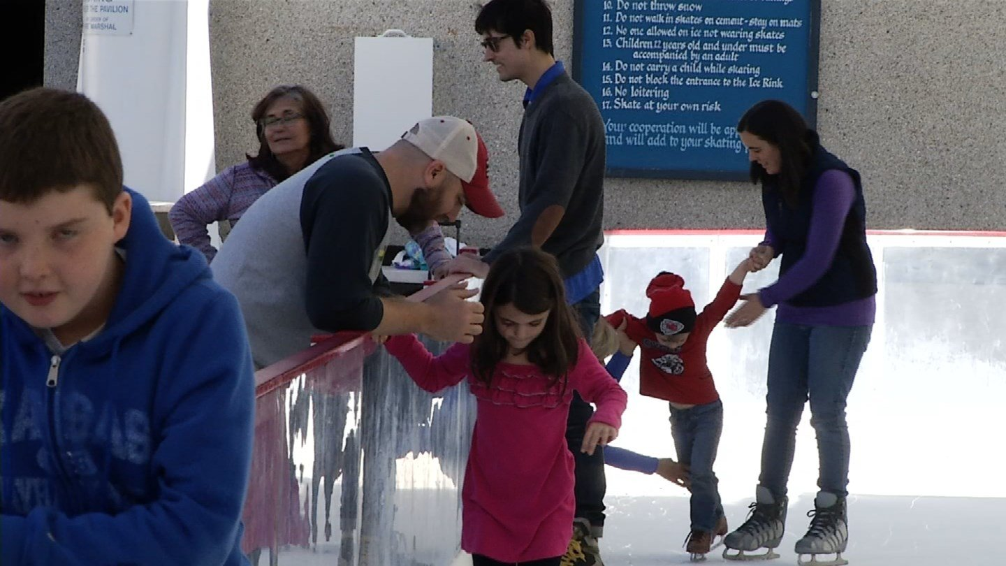 It may not feel like it, but wintertime is in full swing in downtown Kansas City where everyone is lacing up and hitting the ice. (KCTV5)