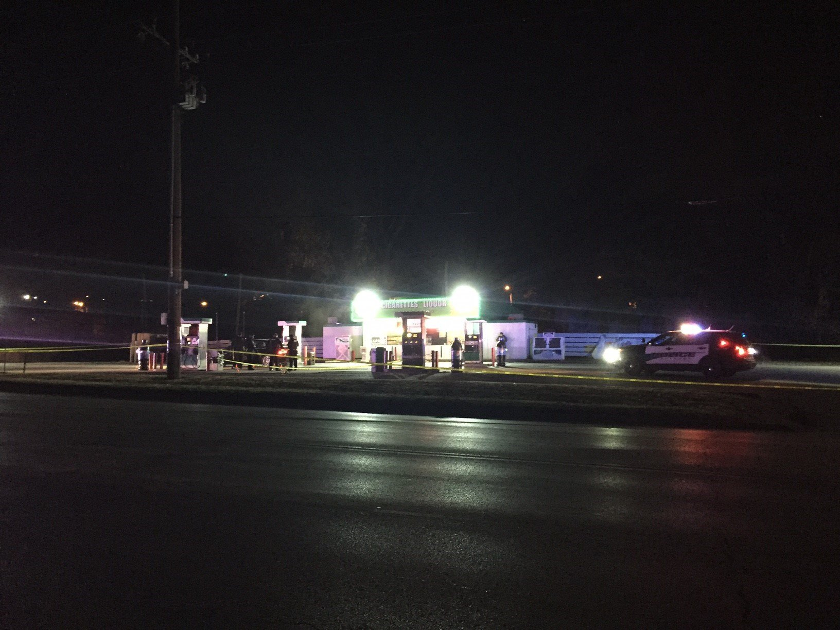 Two people were shot at a gas station in Raytown. (Dwain Crispell/KCTV5)