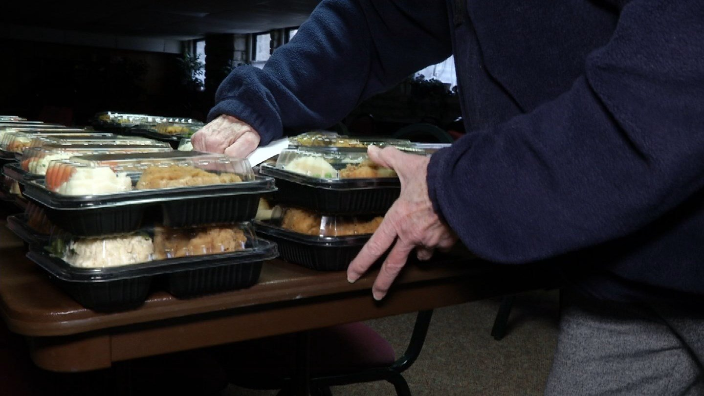 Meals on Wheels in Shawnee Mission was working to get food out before the ice storm hit. (KCTV)