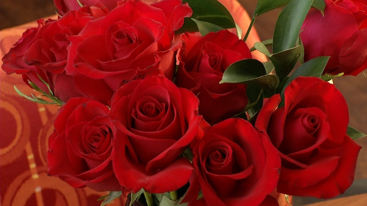 Every year, Americans spend billions of dollars buying flowers for their sweethearts. (KCTV5)