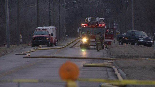Crews Battle Large Fire After Mulch Pile Spontaneously Combusts Kctv5