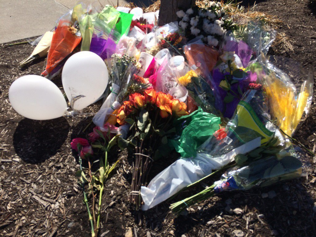 People brought flowers and placed them outside the restaurant as a memorial. (Natalie Davis/KCTV)