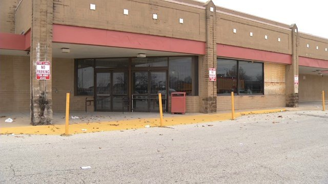 City leaders are hoping to convert the building into a new grocery store. (KCTV5)