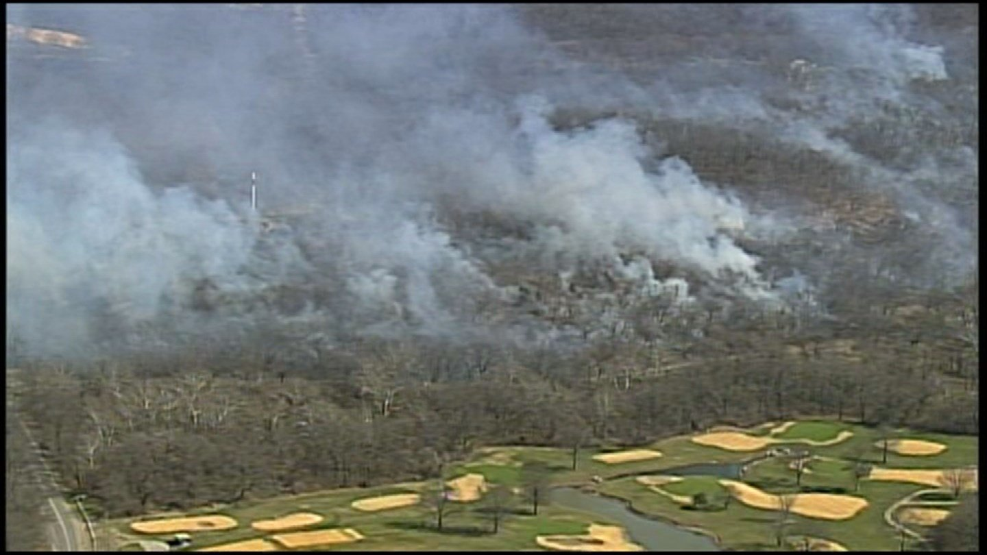 You may have seen smoke billowing throughout the sky on Friday. That's because state crews were helping with a big burn at Swope Park. (Chopper5)