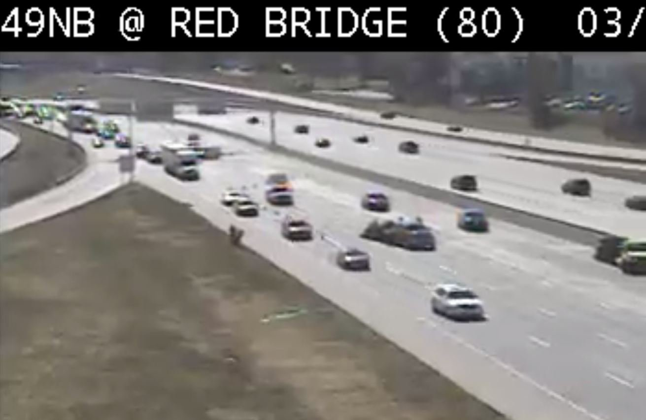 The crash at Red Bridge Road. (Kansas City Scout)
