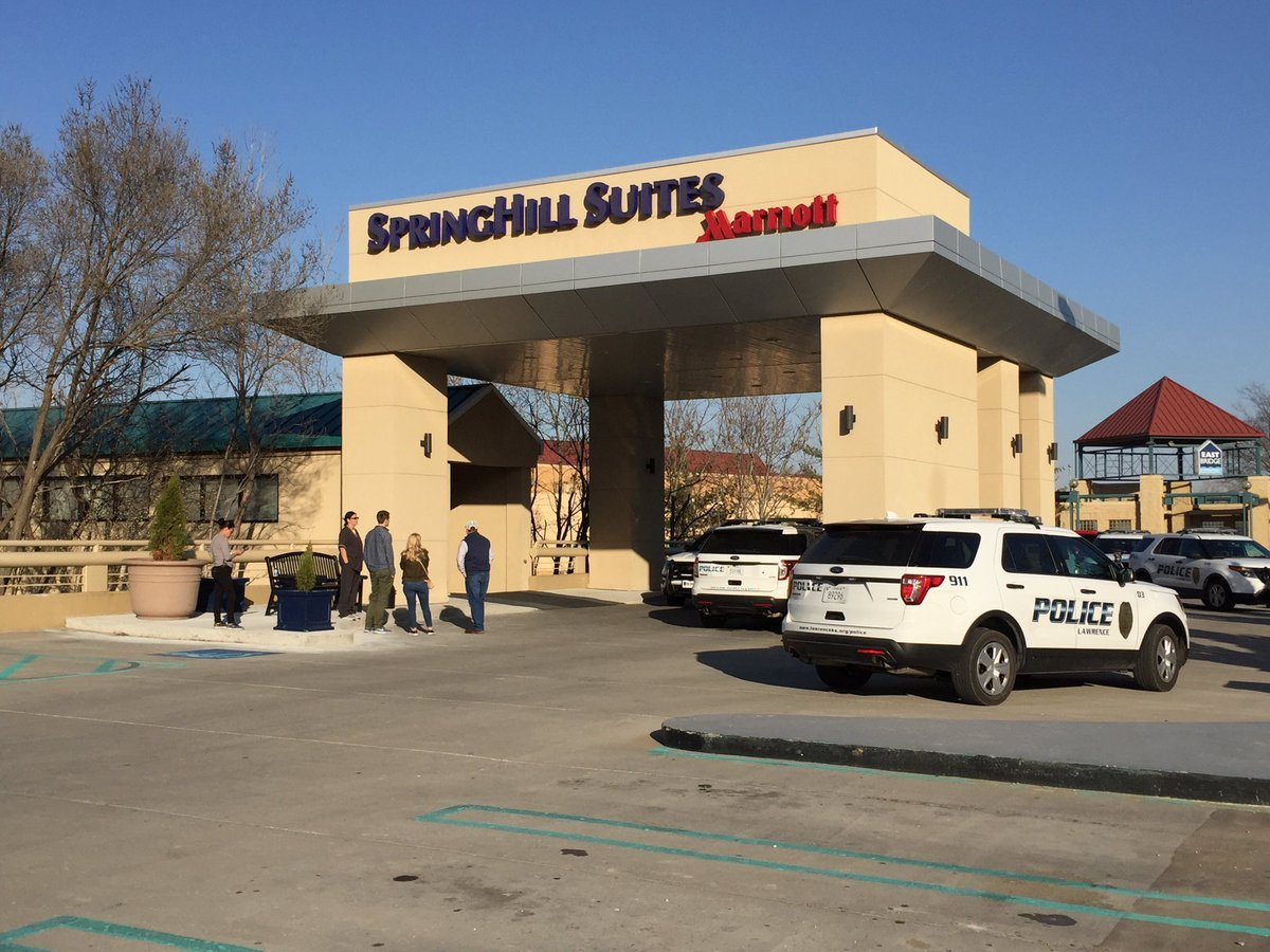 The scene at SpringHill Suites during the standoff around 4:45 p.m. (Dwain Crispell/KCTV)