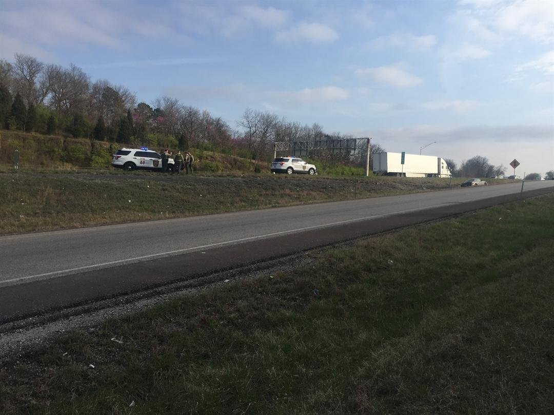 The scene along I-435. (Grady Reid/KCTV)