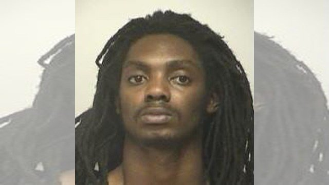 """Maurice T. Jones, 26, known as """"Mo,"""" is wanted in connection to regarding the murder of Sharrieff Omar Muhammad, 37, on Dec. 9, 2016. (Independence Police)"""