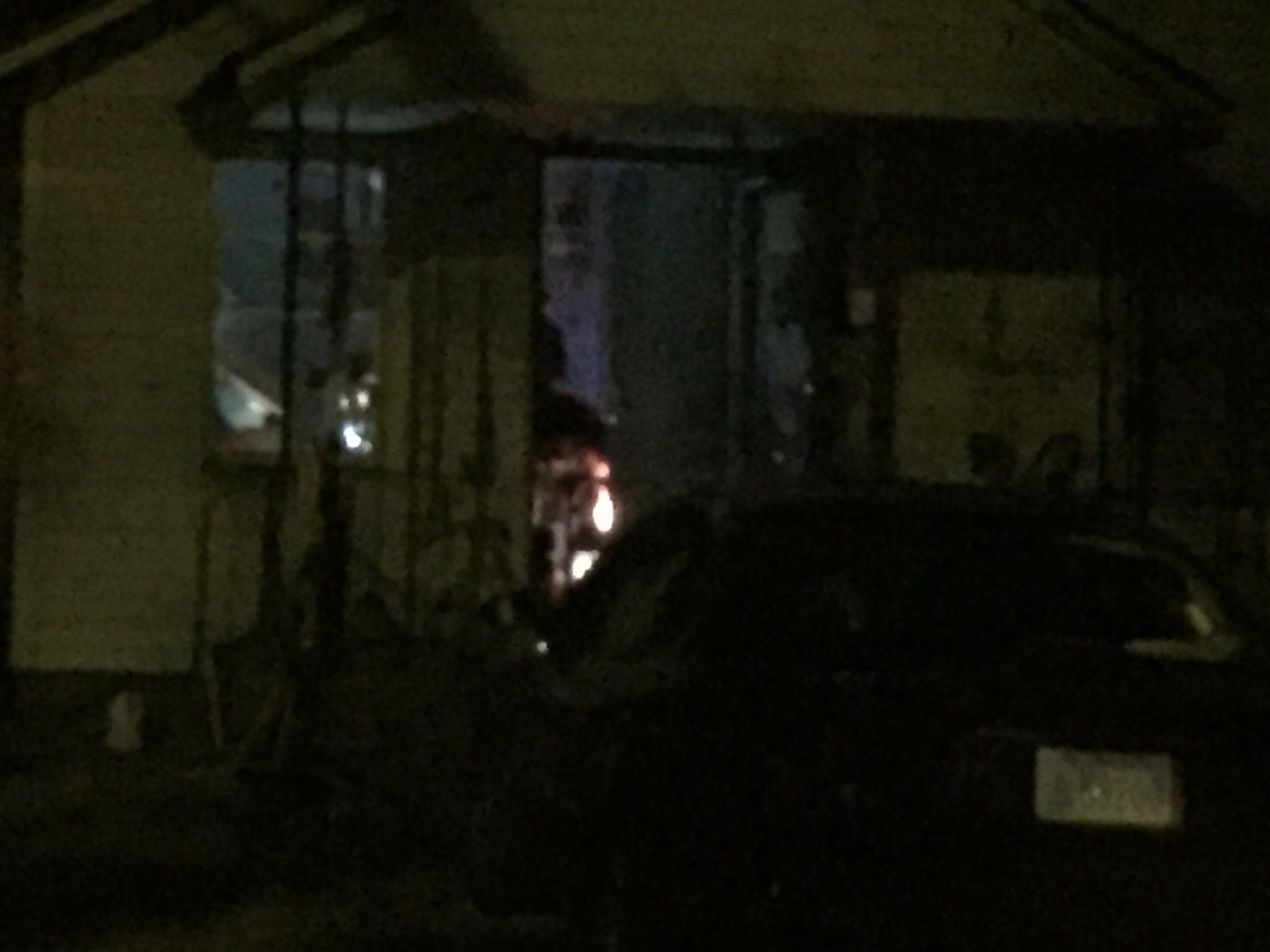 ATF agents remain on scene and have entered the home. (Betsy Webster/KCTV5)