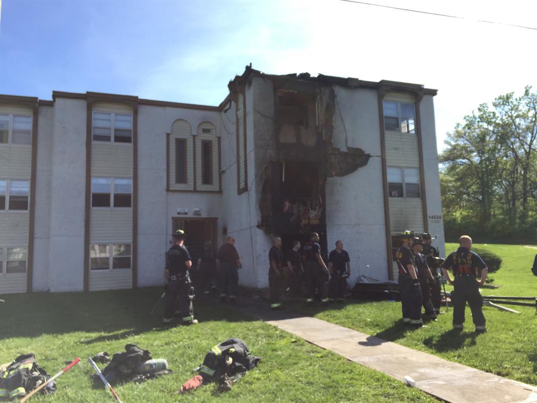 2 were injured following a fire in South Kansas City. (Ken Ullery/KCTV)