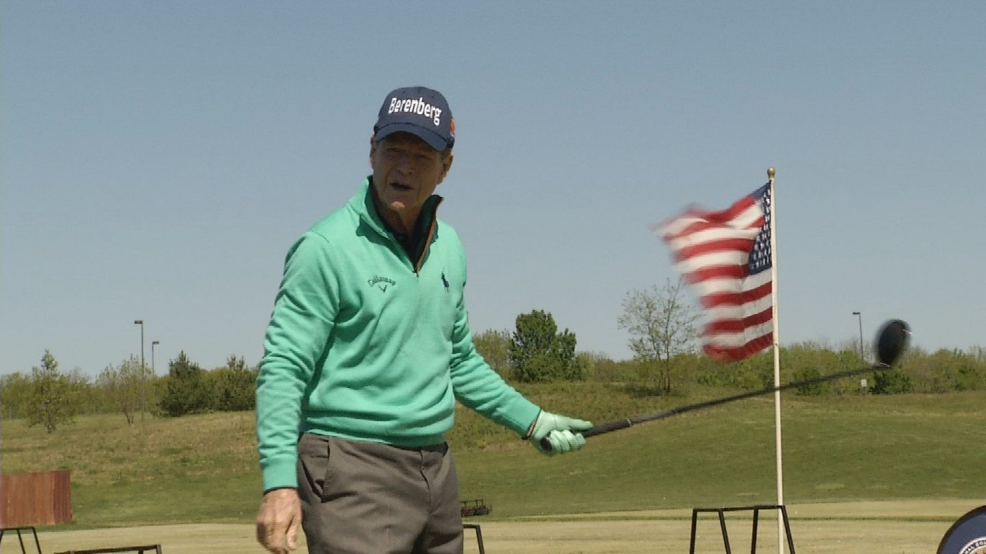The free clinic was something Tom Watson was happy to do, and both parties benefited from the fun afternoon. (KCTV5)