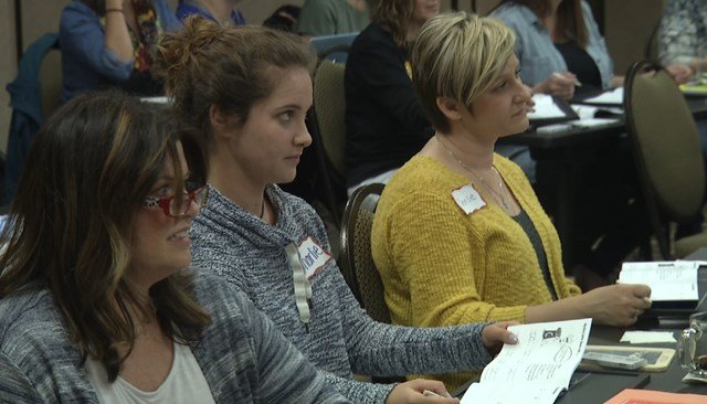 Educators say they believe cursive is crucial for brain development. (KCTV5)