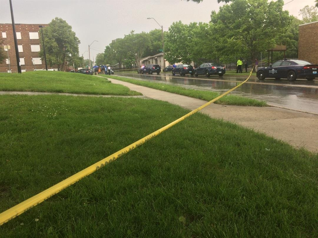 Authorities are investigating after a man was found shot to death near11th Street and Prospect Avenue. (Rob Rhodes/KCTV5 News)
