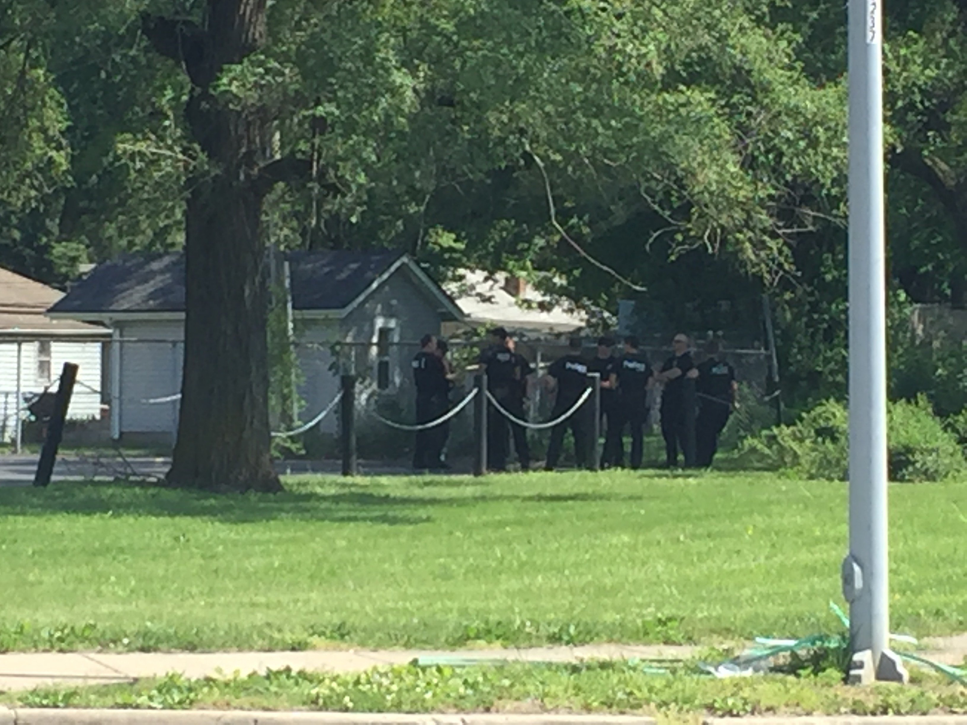 Police were called just after 12:50 p.m. to the area of 83rd Street and Woodland Avenue on a shots fired call.  (Betsy Webster/KCTV5 News)