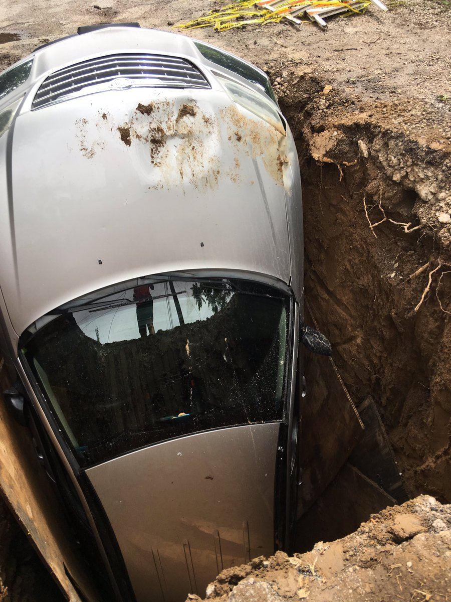 Kansas City could be forced to pay up after a car was damaged after driving over a hole on the weekend. (Nathan Vickers/KCTV5)