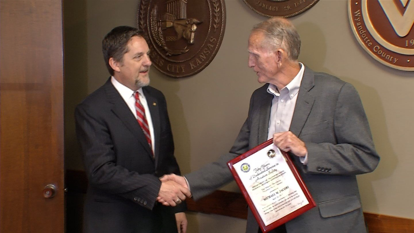 Mike Jacobi was granted the FAA's most prestigious award inside City Hall, designating him as a master pilot. (KCTV5)