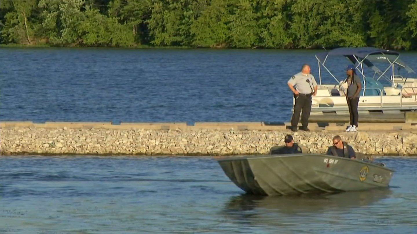 Emergency crews are on scene looking for a 50-year-old man who possibly drowned in Lake Jacomo in Jackson County.(KCTV5)