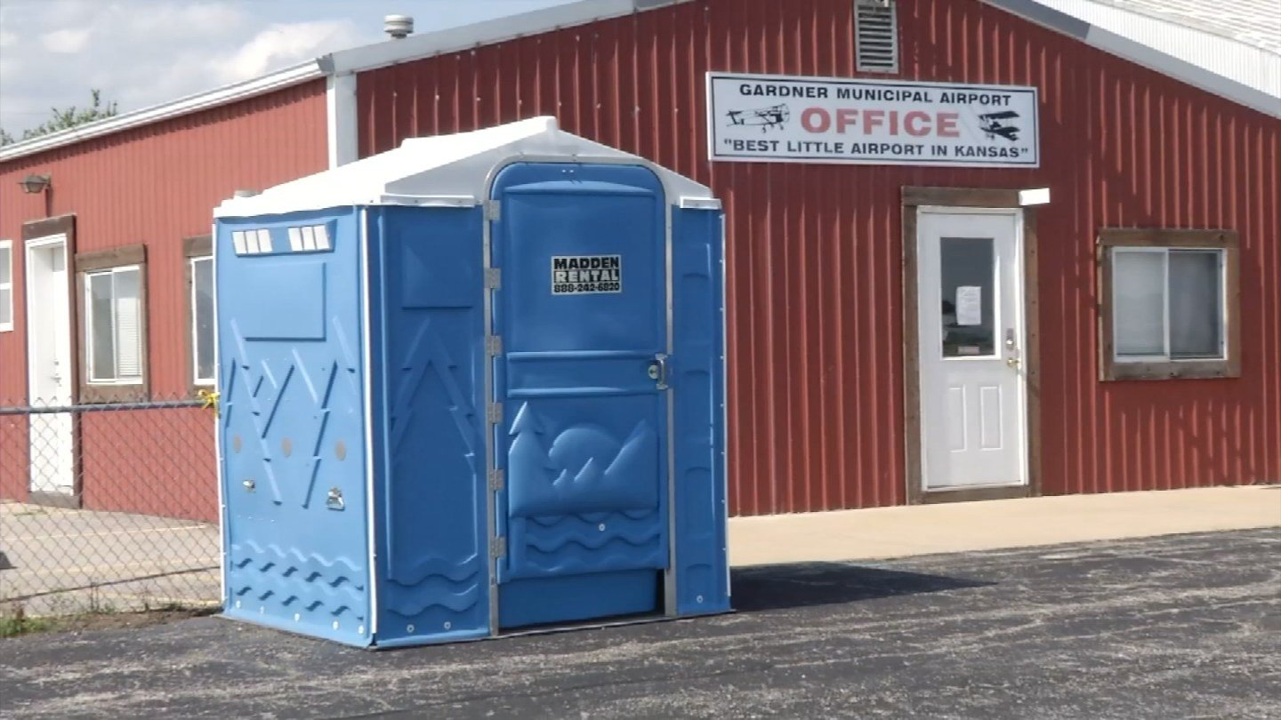 The Gardner, KS Municipal Airport is struggling to keep up with its public restroom problems. (KCTV5)