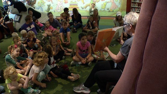 Hollander said the key is to make sure the children know that learning doesn't just happen in the classroom. (KCTV5)