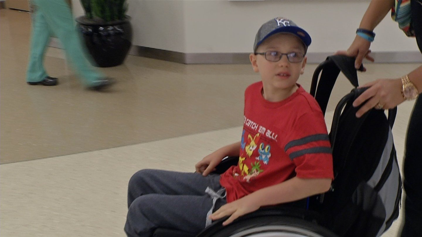 It was just one week ago that Alexander Goodwin underwent an incredible surgery. (KCTV5)