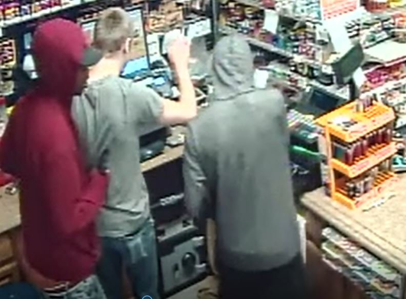 A view of the two suspects. (Wyandotte County Sheriff's Office)