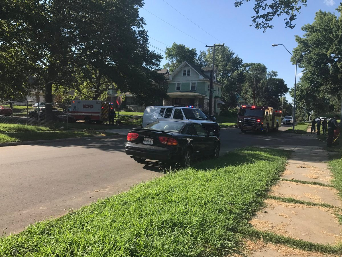 The scene in the area of 28th and Walrond. (KCTV)