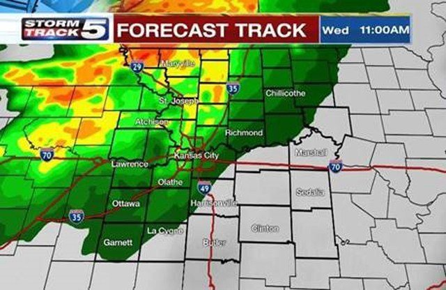 A batch of showers and thunderstorms are expected to move through the northern areas of the Kansas City area late Wednesday morning. (KCTV5)
