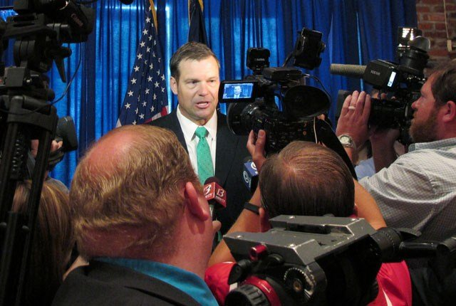 A federal appeals court ruling will force Kansas Secretary of State Kris Kobach to answer questions under oath about plans to change U.S. election law. (AP)