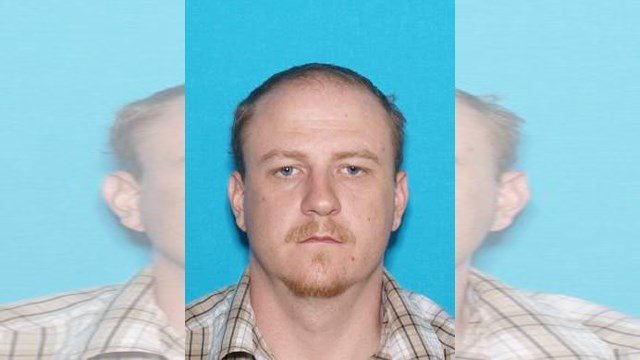 Manhunt for suspect continues in Clinton, MO after officer shot, killed