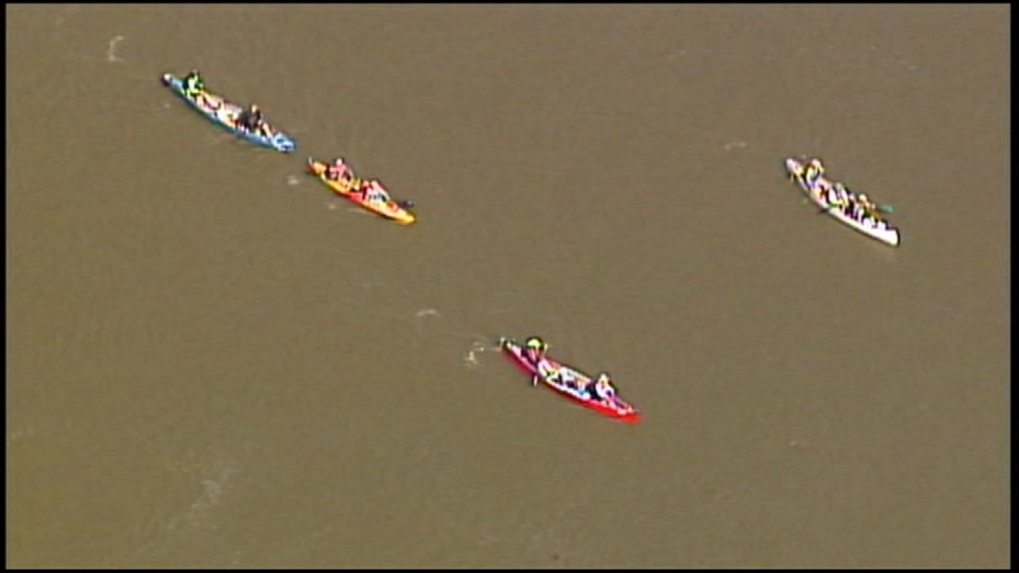 Over 400 canoeists and kayakers took off Tuesday morning from Kaw Point Riverfront Park to embark on the longest nonstop river race in the world. (Chopper5)