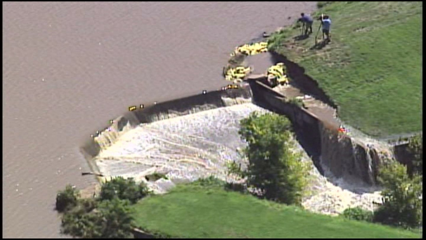 Some Harrisonville residents fled their homes Tuesday after fears of the lower dam at Lake Luna would break. (KCTV5)