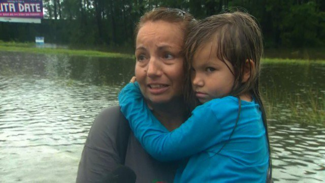 Christy Huffman told CNN's Ed Lavandera about her harrowing escape from her home outside Galveston, Texas. (CNN)