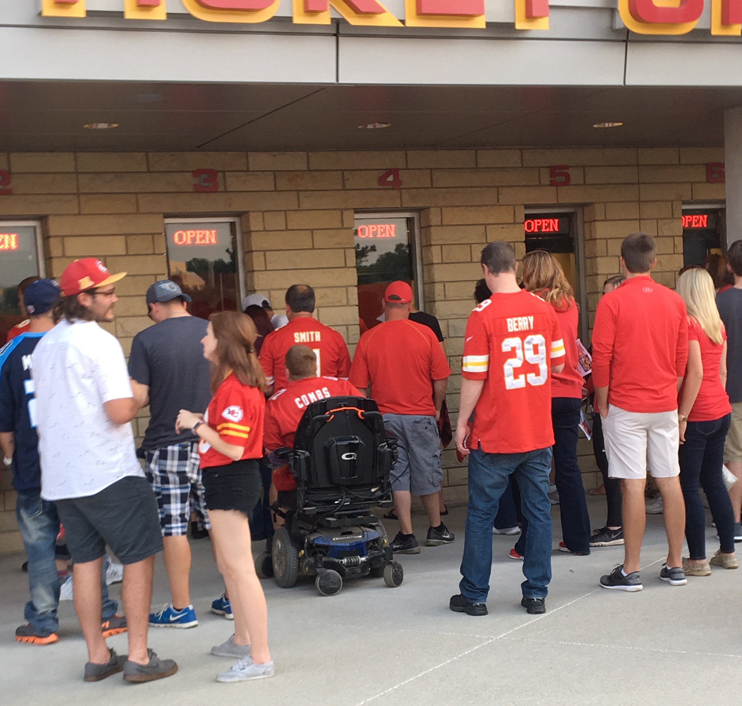 People in line waiting for ticket refunds. (Nick Sloan/KCTV)